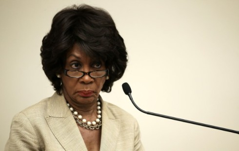 maxine-waters-trump-scumbags-1487766708-640x4051