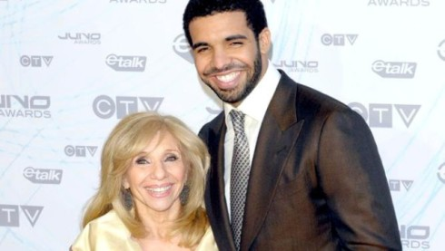 Drake-and-his-mom-640x362[1].jpg