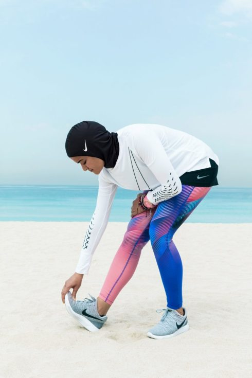 nike-pro-hijab-design-fashion-clothing-sportswear_dezeen_2364_col_8-852x1278[1]