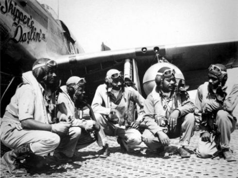 tuskegee-airmen-graduate-first-class-e1488604800534[1]