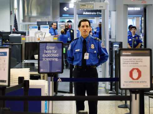 heres-why-every-american-traveler-should-sign-up-for-tsa-precheck[1].jpg