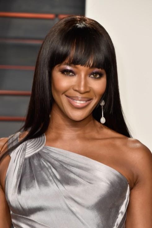 Naomi-Campbell-vibe-1492636118-640x961.jpg