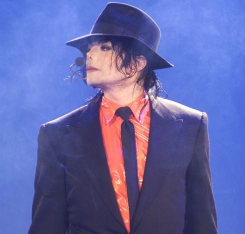 Michael-Jackson-Say-Say-Say-Remix-640x613.jpg