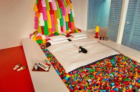 highres-airbnb-lego-adult-054.jpg
